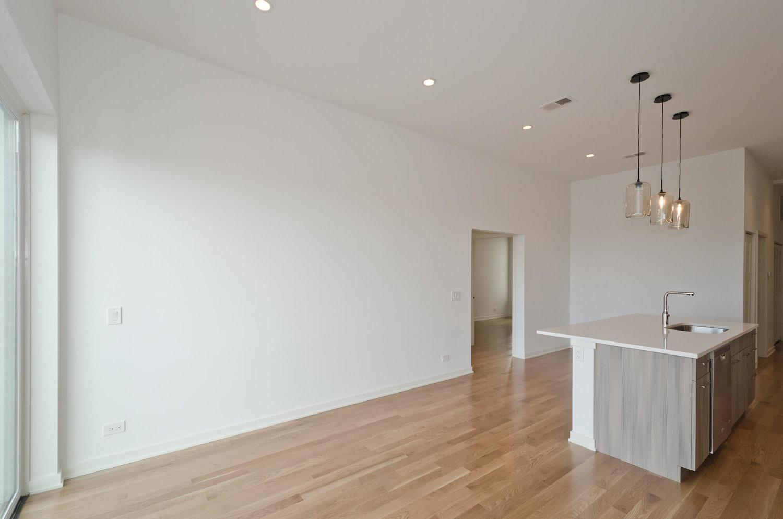 402 - Living Room