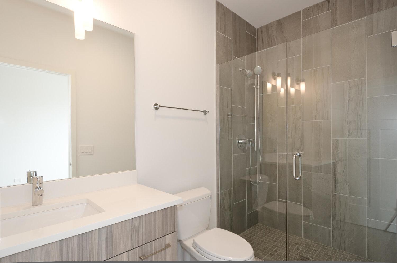 402 - Master Bath