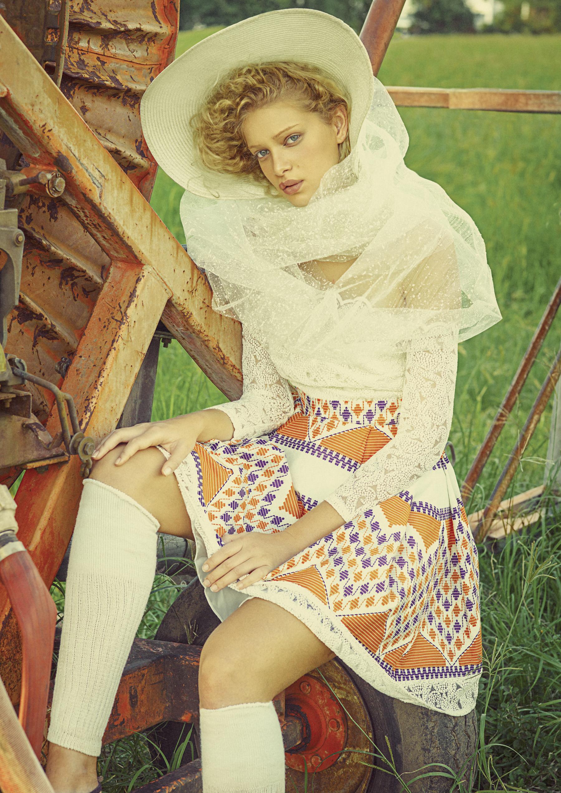 Look3 dress- Goyasmah-2.jpg
