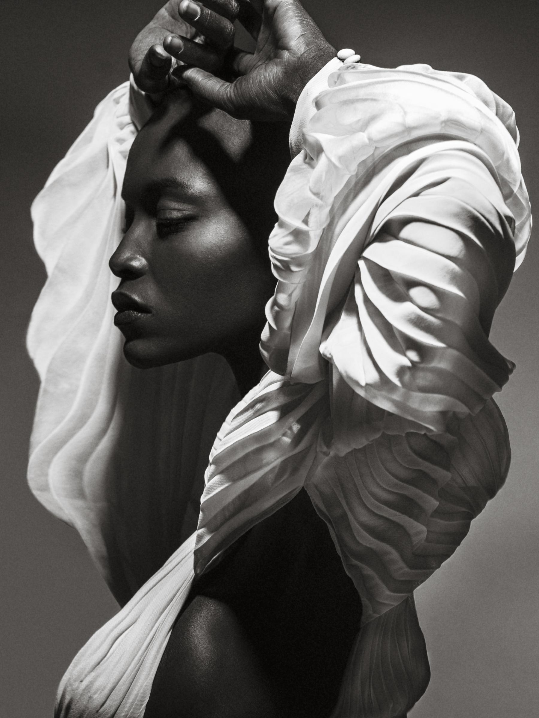 Look1dress-Faust Couture, faux fur jacket- Zara-2.jpg
