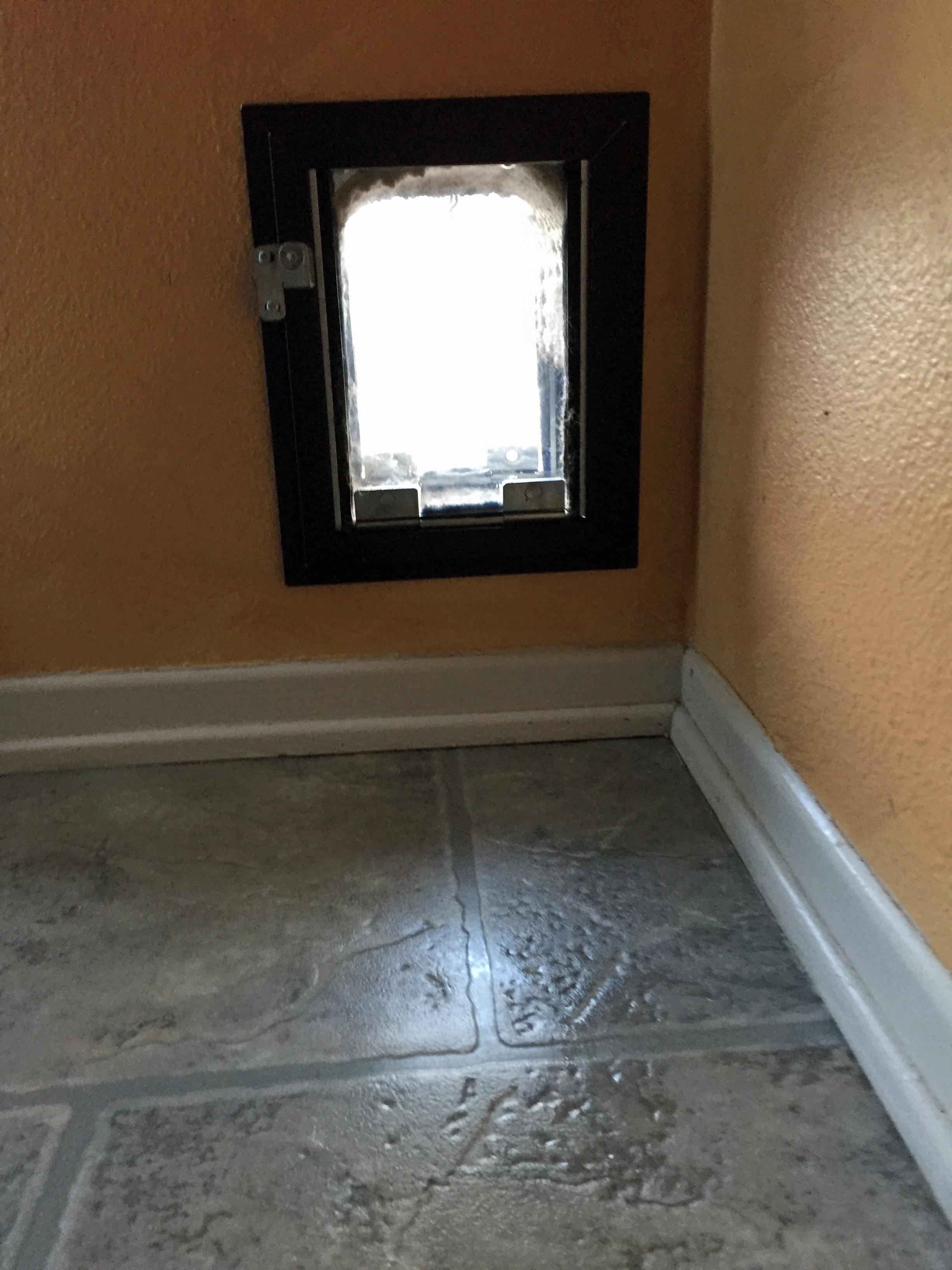 HALE PET DOOR  5 ½ x 7 ½