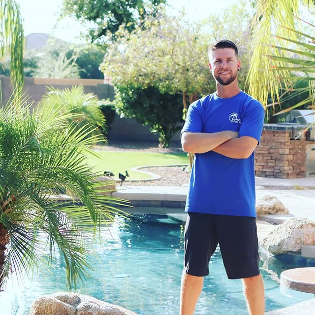 Sneak peak at our photo shoot to refresh the website!! Keep your eyes peeled for the update.  Big shout out to @greenthumblocal for the shoot!  #spp🌴  #trustyourpoolwithapro