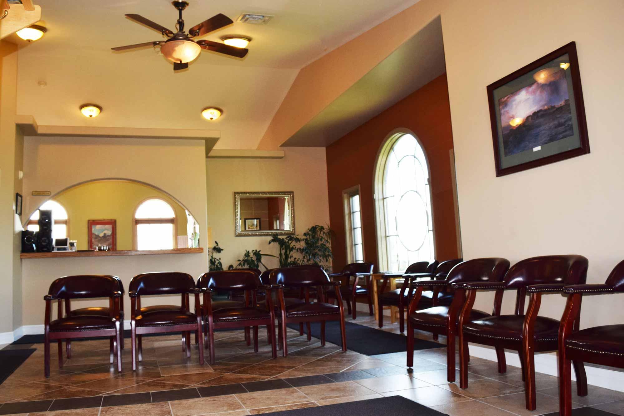 high-plains-surgical-associates-building-waiting-room-2.jpg