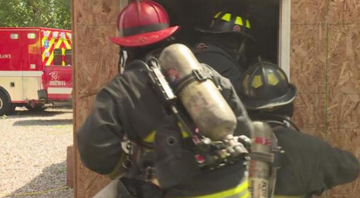 """WSAZ NewsChannel 3 """"Fire department warns people to shut their bedroom door"""" (8/11/2016)"""
