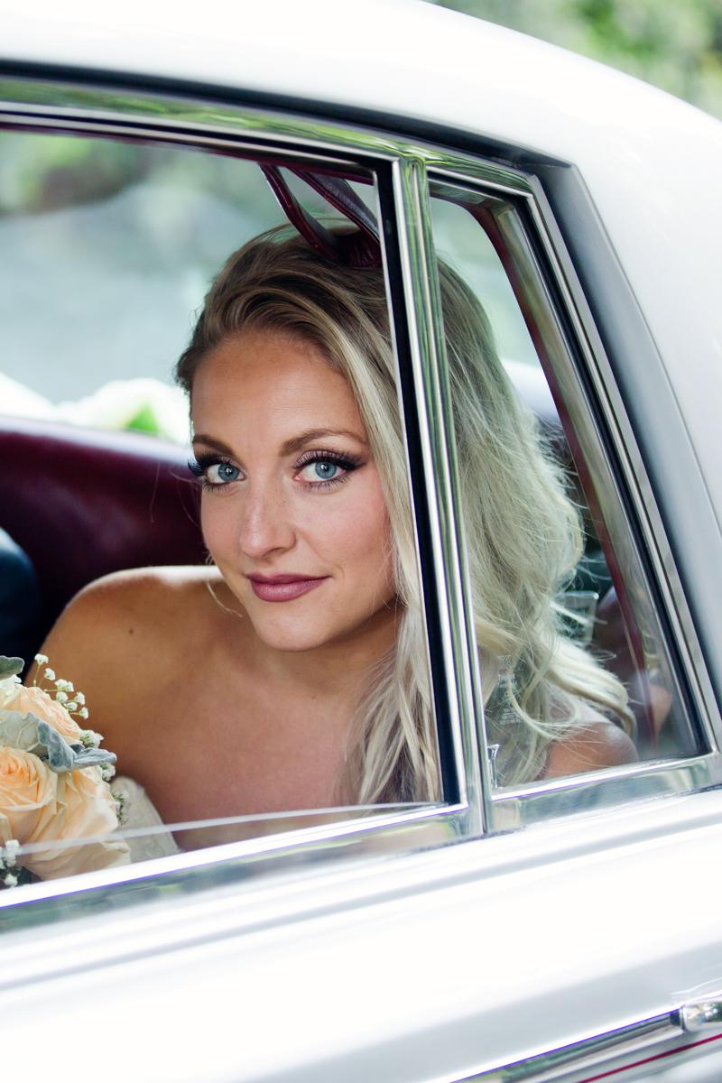 Noosa-Beach-Wedding-Erica-Wesley-13.jpg