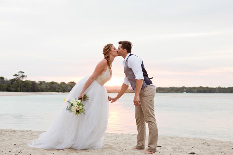 Noosa-Beach-Wedding-Samantha-Anthony-280.jpg