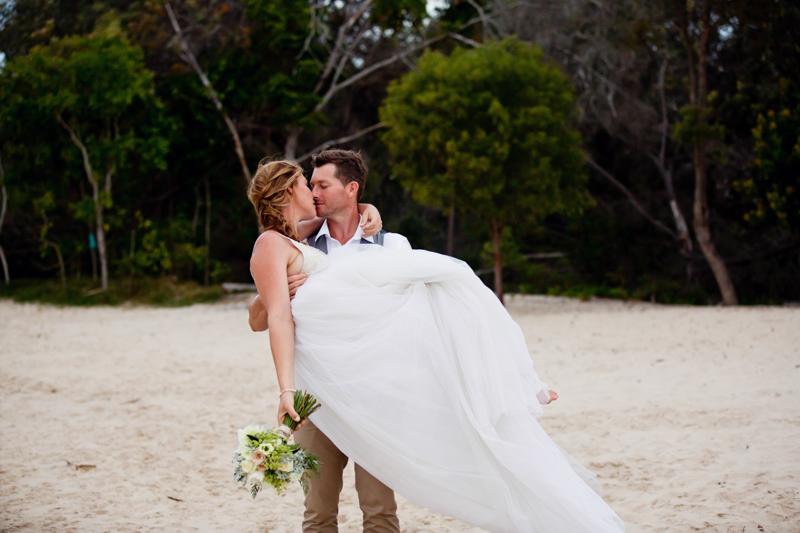 Noosa-Beach-Wedding-Samantha-Anthony-377.jpg