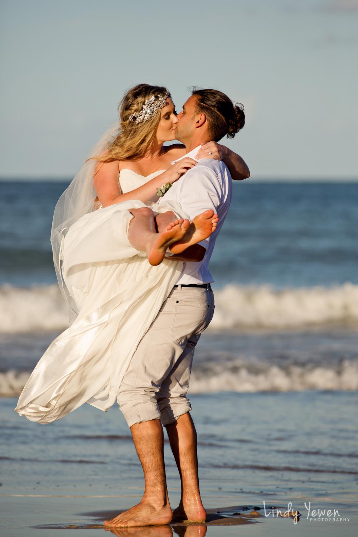 Noosa-wedding-photographers-Libby-Carl 707.jpg