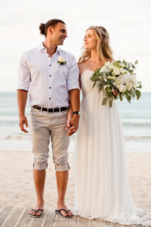 Noosa-wedding-photographers-Libby-Carl 866.jpg