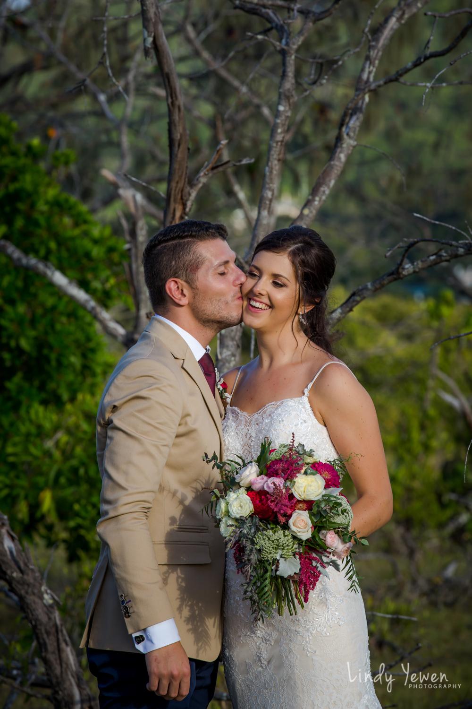 Noosa-Boathouse-Wedding-Jess-Diaan 527.jpg