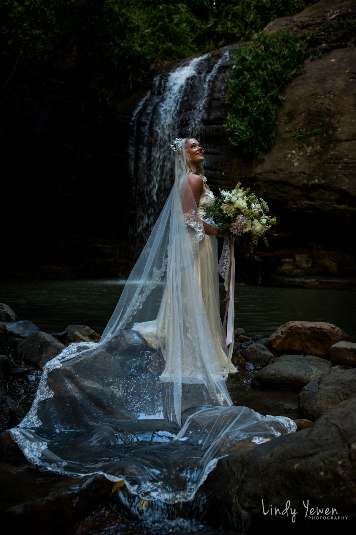Sunshine-Coast-Waterfall-Wedding 109.jpg