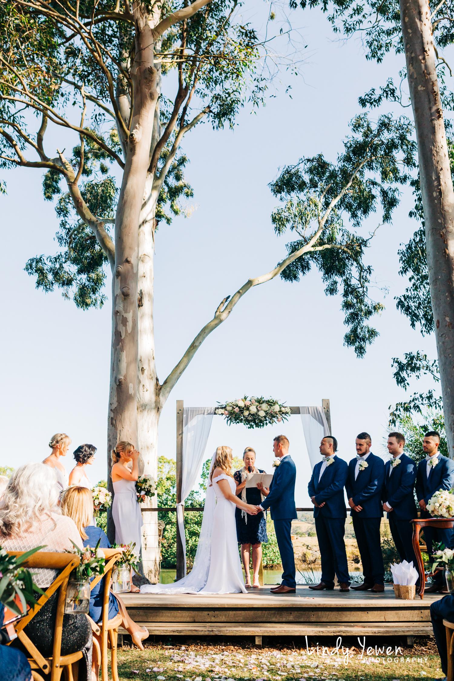 The Rocks Yandina Weddings Lindy Photography