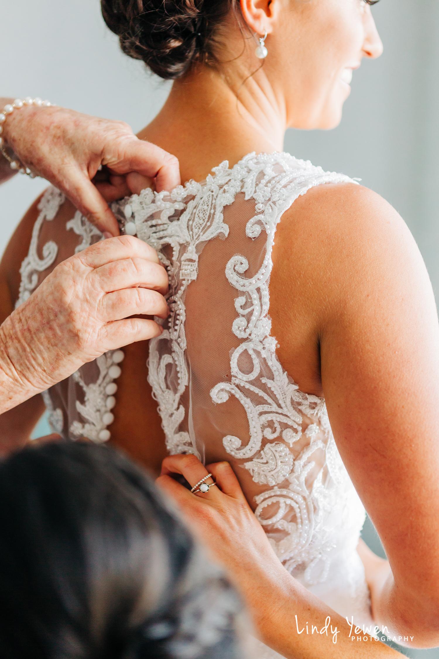 Noosa-Marina-Wedding-Nat-Natalie  35.jpg