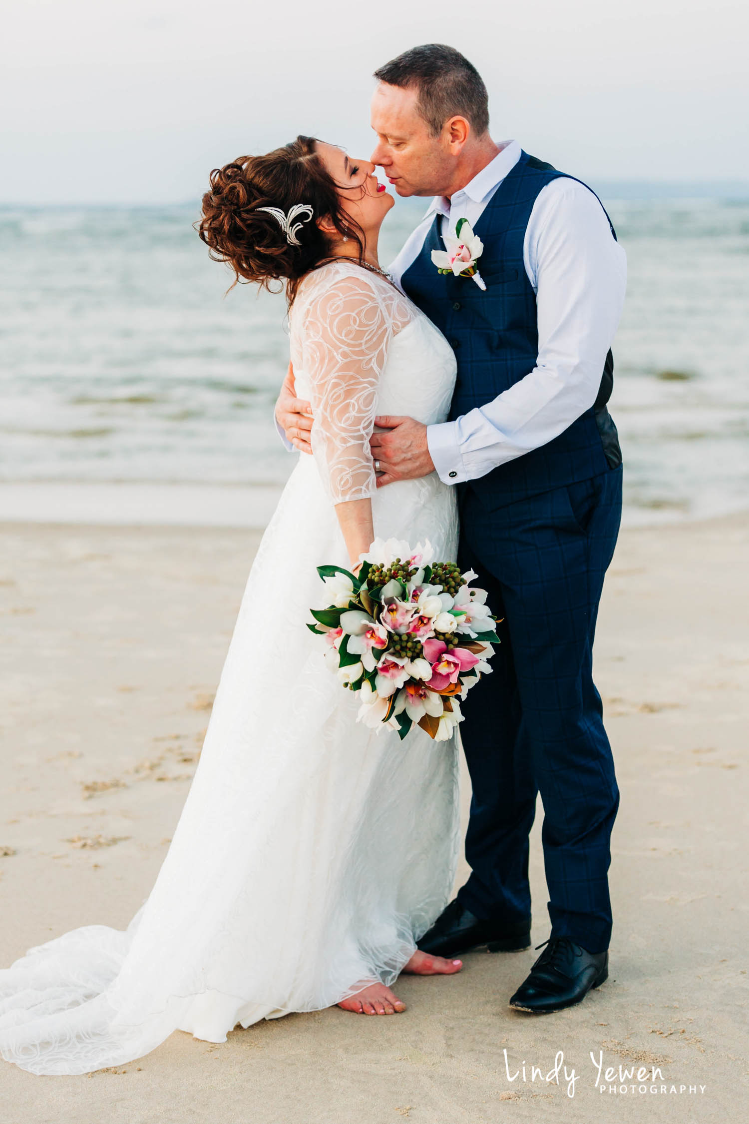 Noosa-RACV-Weddings-Eileen-Tim 587.jpg