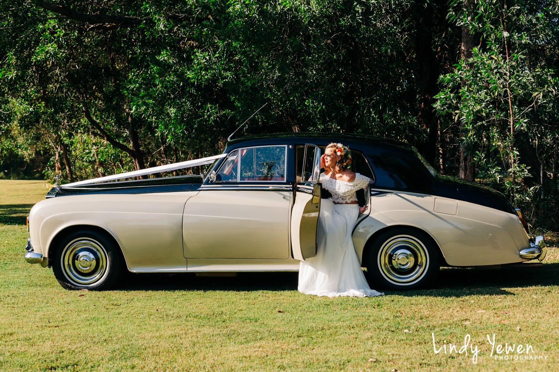 Noosa-Wedding-Photographers-Lindy-Yewen 5.jpg
