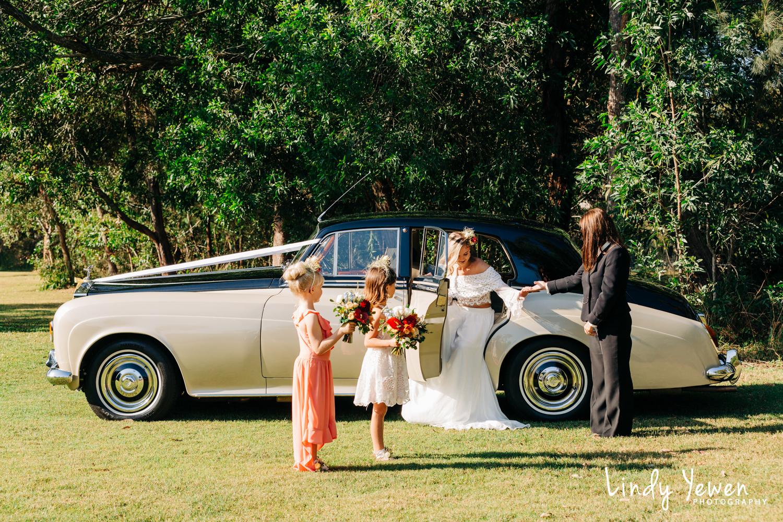 Noosa-Wedding-Photographers-Lindy-Yewen 6.jpg
