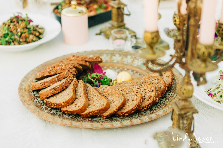 Noosa-Wedding-Photographers-Lindy-Yewen 28.jpg