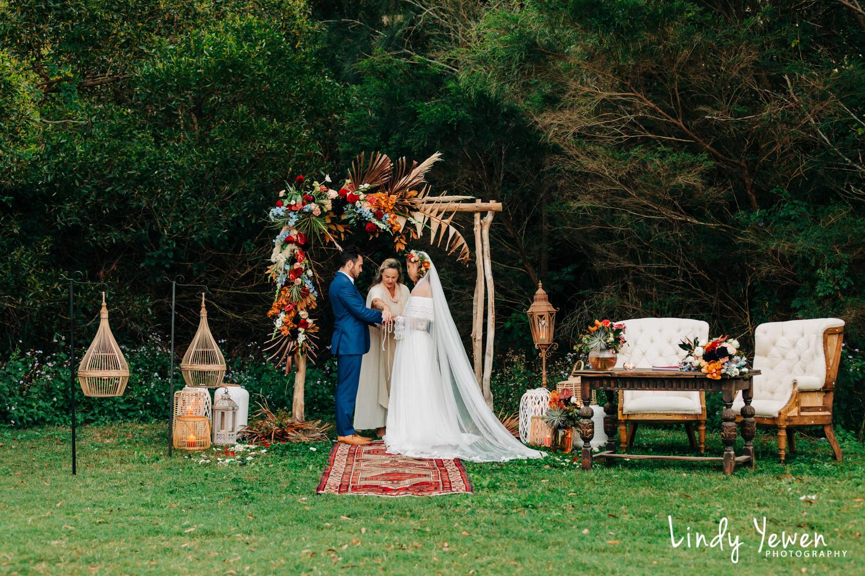 Noosa-Wedding-Photographers-Lindy-Yewen 49.jpg