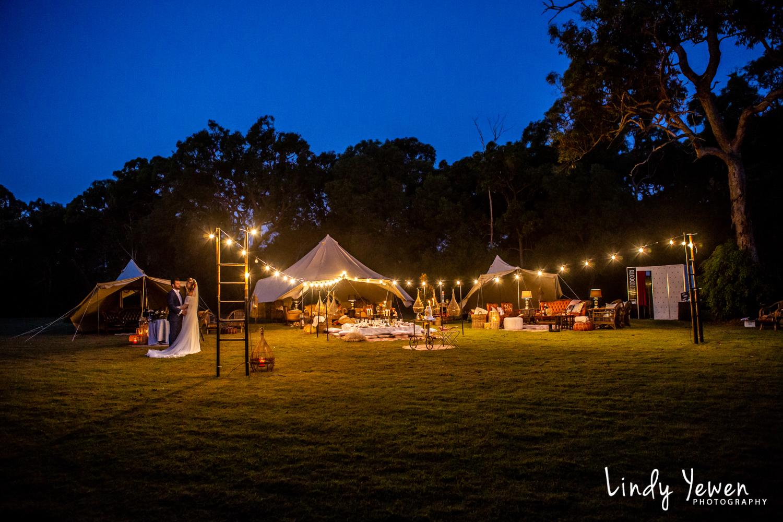 Noosa-Wedding-Photographers-Lindy-Yewen 66.jpg