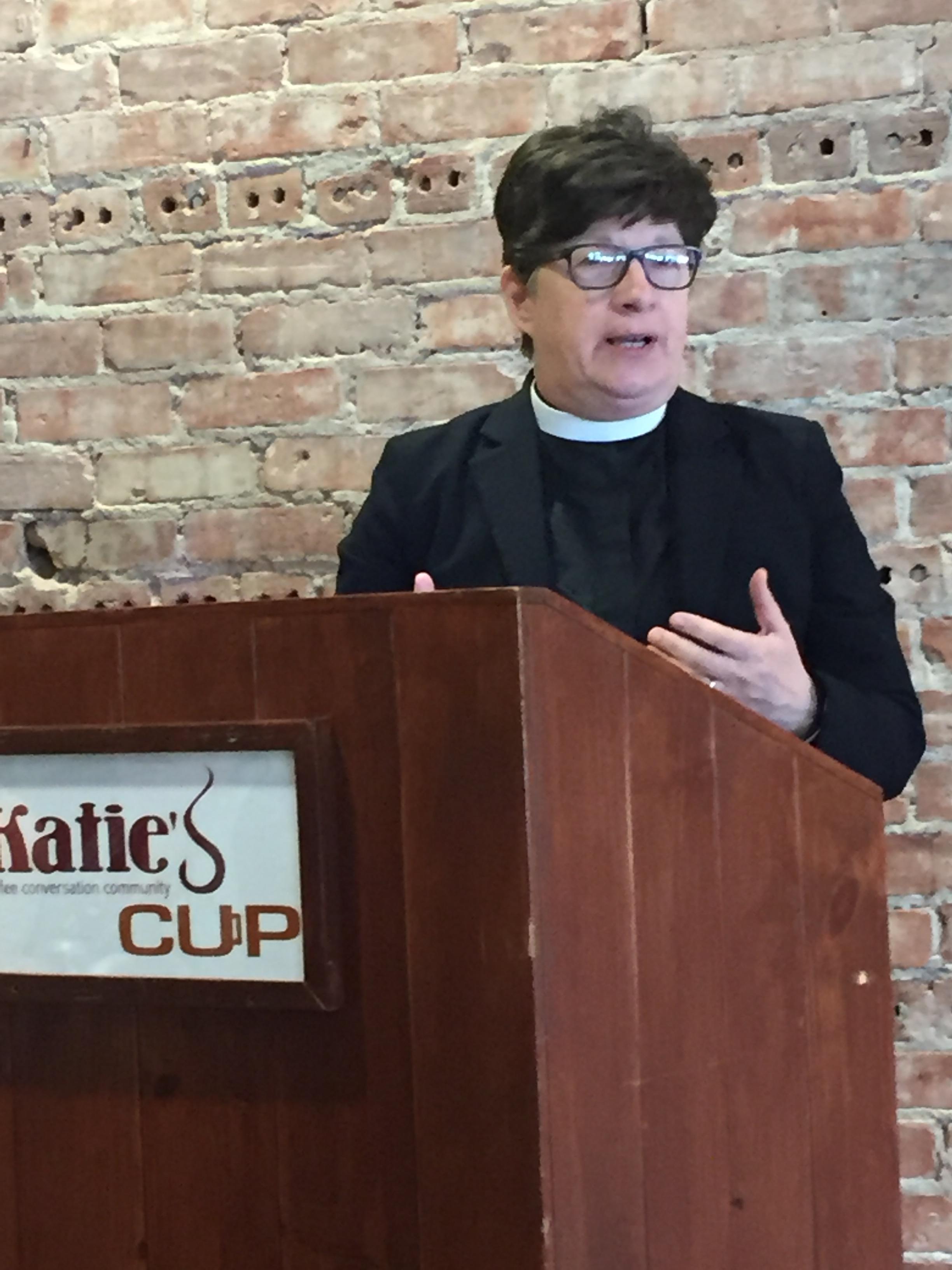 bishop_elizabeth_eaton_0417.jpg