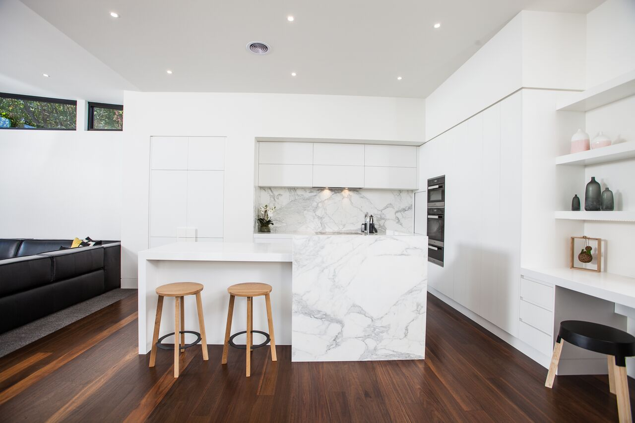 Lake Wendouree Property: Kitchen joinery