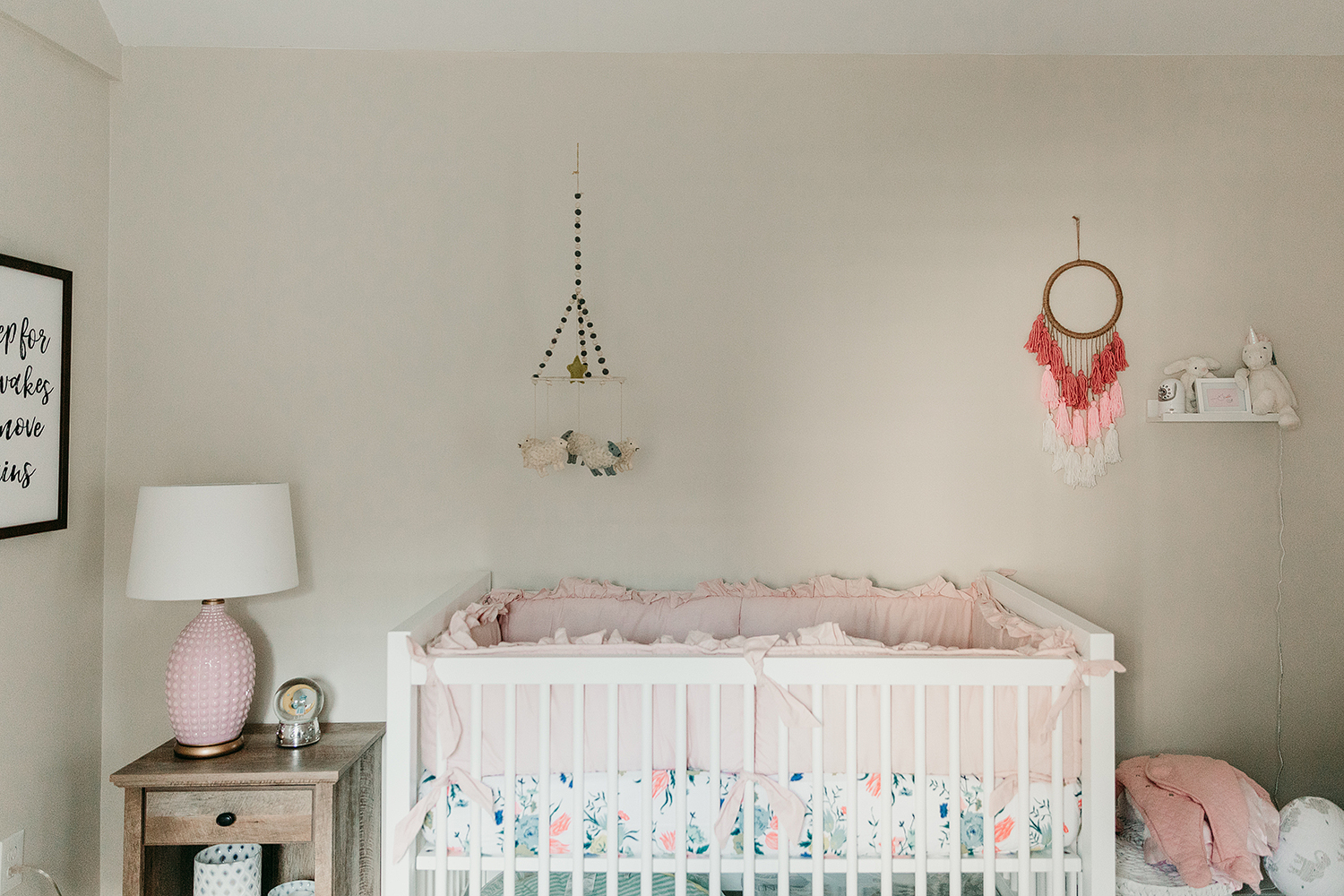 baby_girl_nursery_ideas.jpg