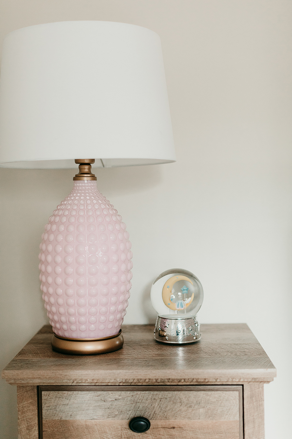 pink_table_lamp.jpg