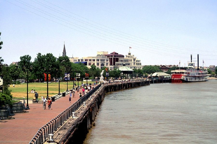 Picture of the New Orleans River Walk