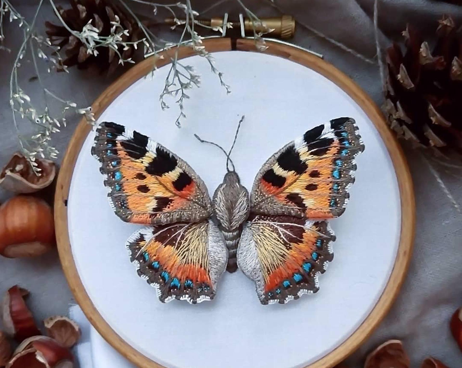 Moth love_mermerje_Koel Stories1.jpg