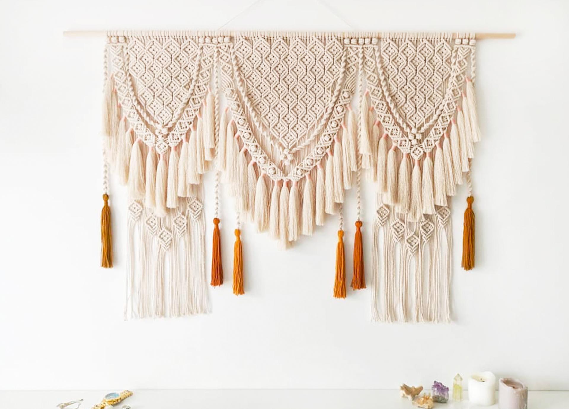 Alesia Hnatiuk weaving macramé