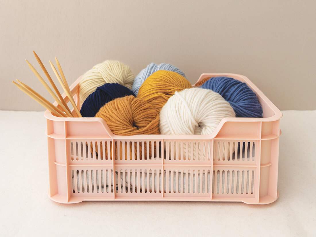 Dyeing House Gallery - dye your own yarn 02