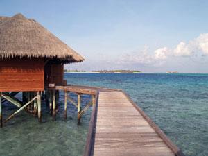 paradisal-maldives-may-not-be-too-idyllic-by-the-turn-of-the-century.jpg