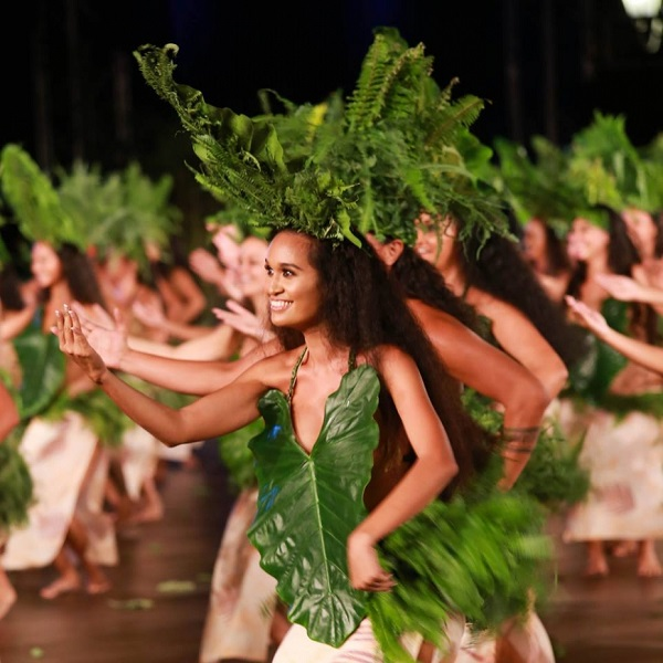 The costumes and dance movements of French Polynesian O Tahiti E will add greenness and languid movement to RWMF  2017.