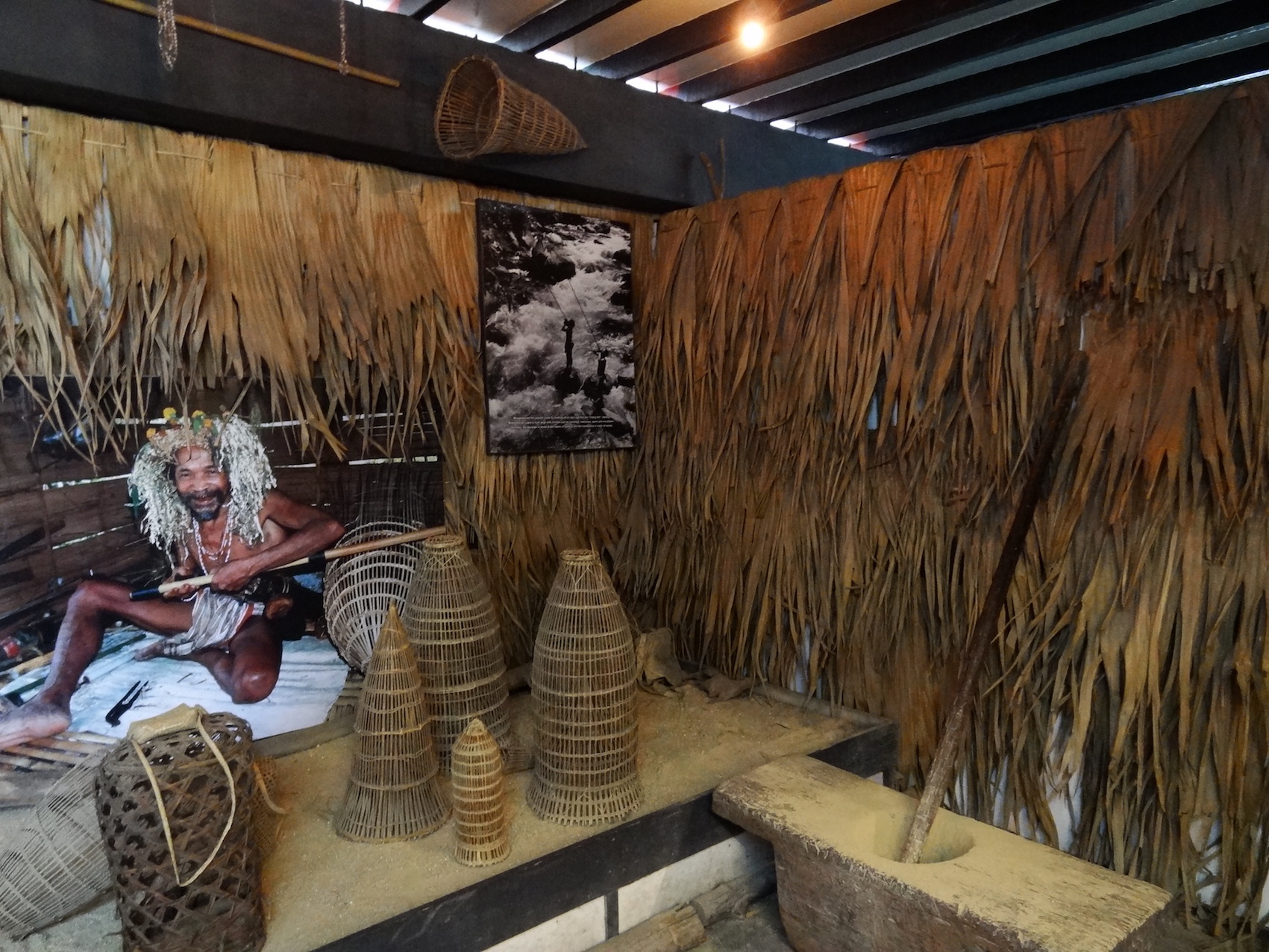 Discover how it was in Cameron Highlands. Time Tunnel's exhibits include aspects of the indigenous people who still exist in the jungle - the Orang Asli.