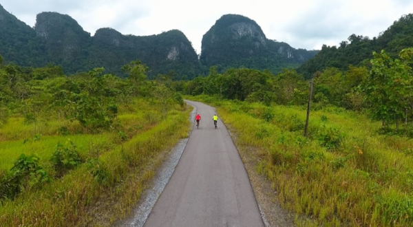 The Sarawak Adventure Challenge includes over 40km of mountain biking through spectacular landscapes.