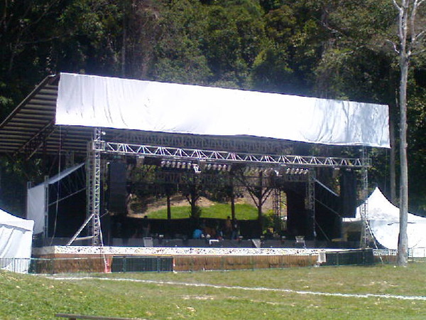 New stage for Rainforest lovers. Pix by Ariel of Virtual Malaysia.
