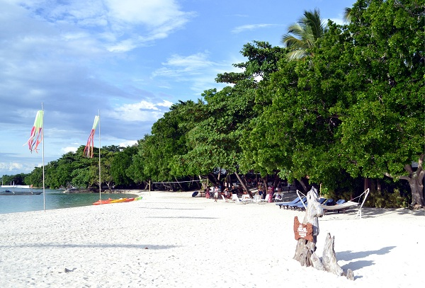 Relax or just explore the marine wildlife including the endangered Hawksbill turtle in the waters off Samal Island