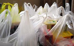 Majority of Singapore shoppers are in favour of a mandatory plastic bag charge scheme, Zero Waste survey indicates.