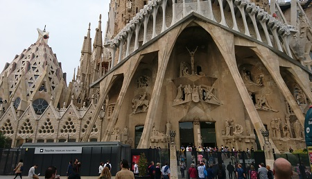 Attractions like Gaudi's Sagrada Familia in Barcelona attract millions of short term visitors every year. Courtesy J.Torr.