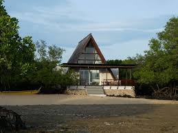 Mangrove villas give visitors that jungle living feel. Courtesy Plataran.