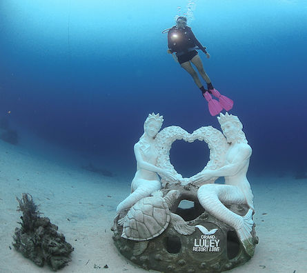 The Love Mermaid by Marine Foundation sunk in 2016 drew a number of scuba divers and free divers. Courtesy: Toar Pantouw