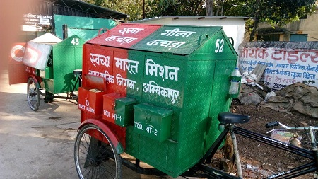 Mobile collection carts transfer segregated waste for recycling. Courtesy Twitter.