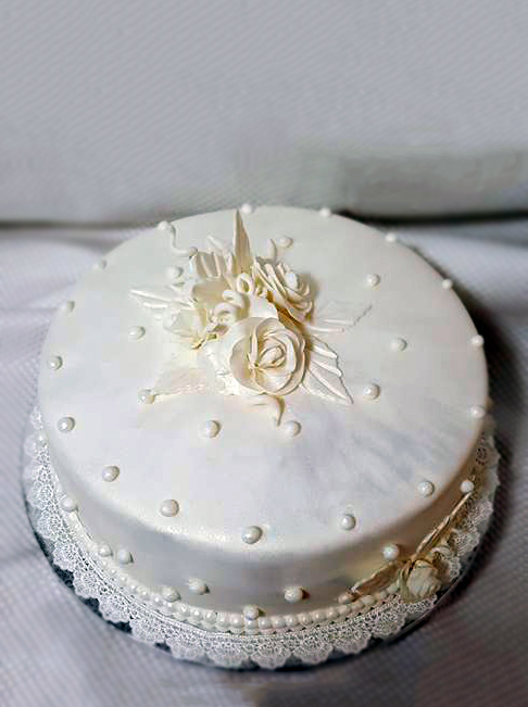 Fios de Mel by Elizabete Costa Cakes and Sweet New York -  1 tier cake all white pearls.jpg