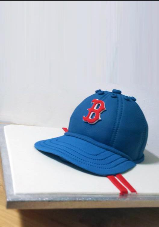Fios de Mel by Elizabete Costa Cakes and Sweet New York -  1 tier cake baseball cap boston red sox .jpg