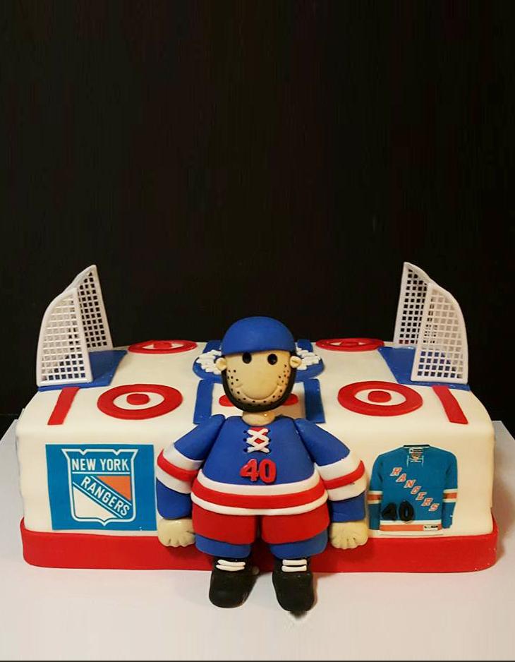 Fios de Mel by Elizabete Costa Cakes and Sweet New York -  1 tier hockey cake.jpg