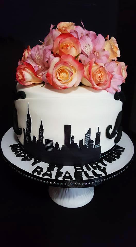 Fios de Mel by Elizabete Costa Cakes and Sweet New York -  1 tier skyline NY cake with flowers.jpg