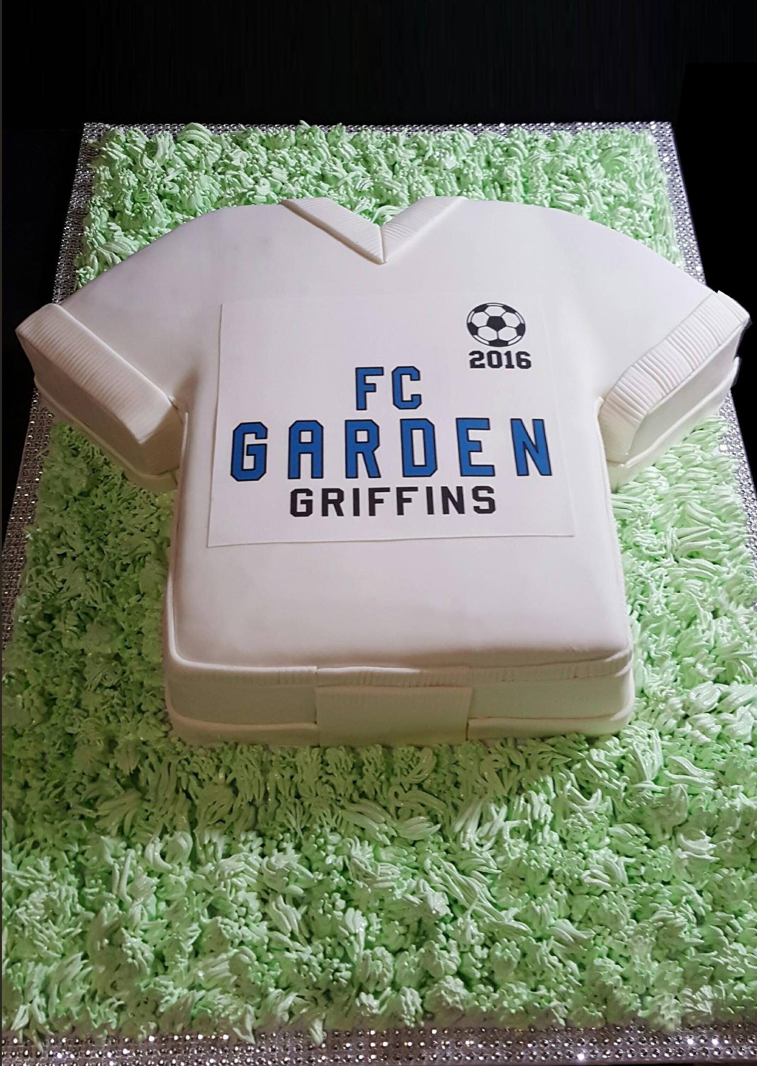 Fios de Mel by Elizabete Costa Cakes and Sweet New York -  1 tier tshirt jersey cake.jpg
