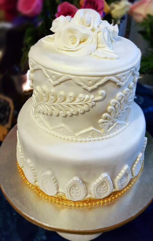 Fios de Mel by Elizabete Costa Cakes and Sweet New York -  2 tier wedding cake with white appliques.jpg