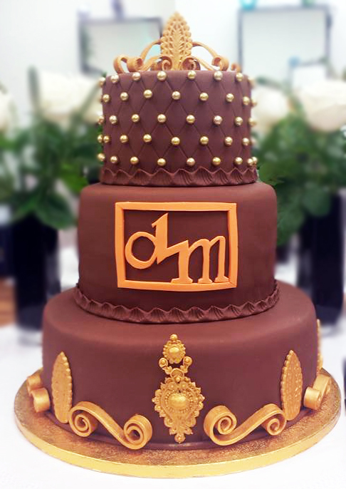 Fios de Mel by Elizabete Costa Cakes and Sweet New York -  3 tier corporate cake gold and brown.jpg
