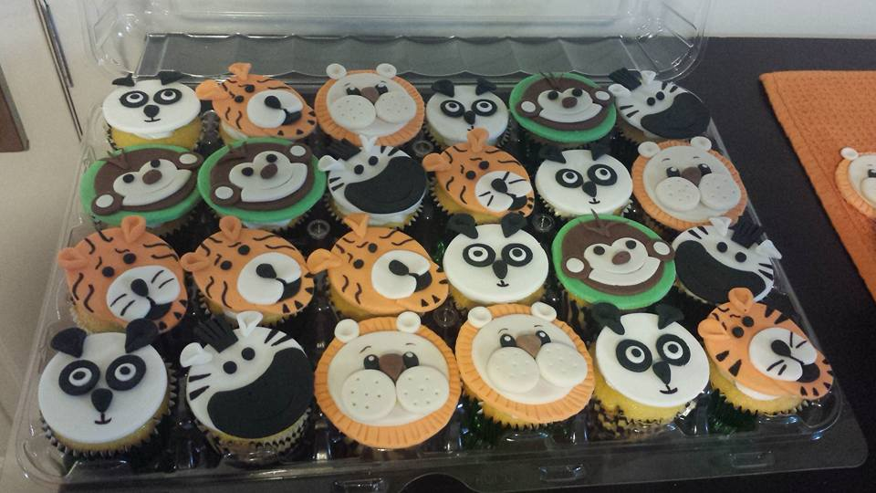 Fios de Mel by Elizabete Costa Cakes and Sweet New York -  animals cookies.jpg